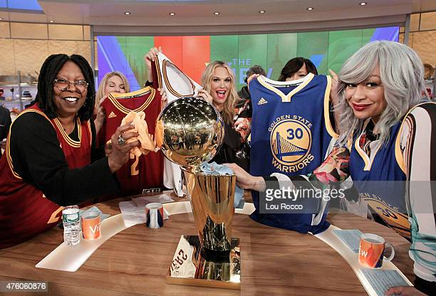 THE VIEW Kunal Nayyar Cat Deely boxer Andre Ward are the guests today Thursday June 4 2015 on Walt Disney Television via Getty Images's The View The...