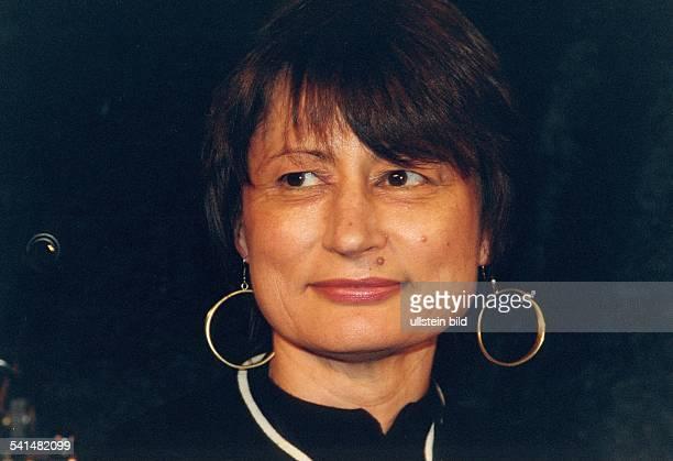 Kunstkritikerin Journalistin Schriftstellerin FrankreichChefredakteurin der Zeitschrift 'Art Press'Porträt 2002