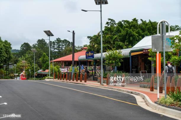 クラダの町並み : クイーンズランド州 - クランダ ストックフォトと画像