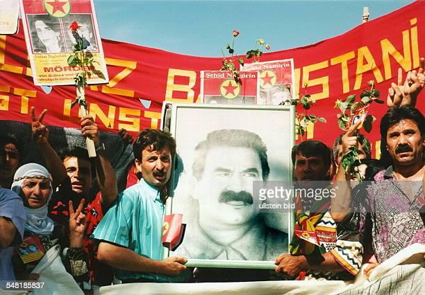 Kurden Demonstration vom Blücherplatz zum Breitscheidplatz aus Anlaß des Hungersteiks von Kurden in der Türkei und in Deutschland bei dem in Berlin...