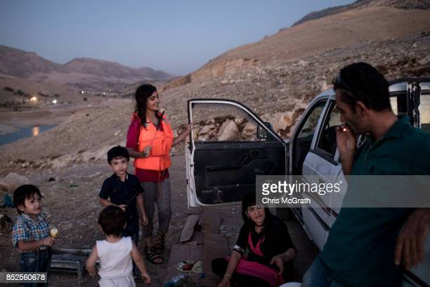 Kurdish family camps out at Laken Dukan ahead of the upcoming referendum for independence of Kurdistan on September 23 2017 in Sulaymaniyah Iraq The...