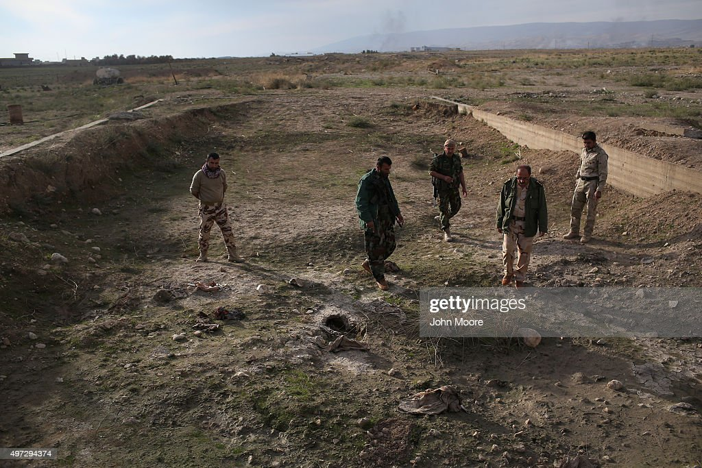 Kurdish Forces Occupy Ruins Of Sinjar After Liberation From Daesh : News Photo