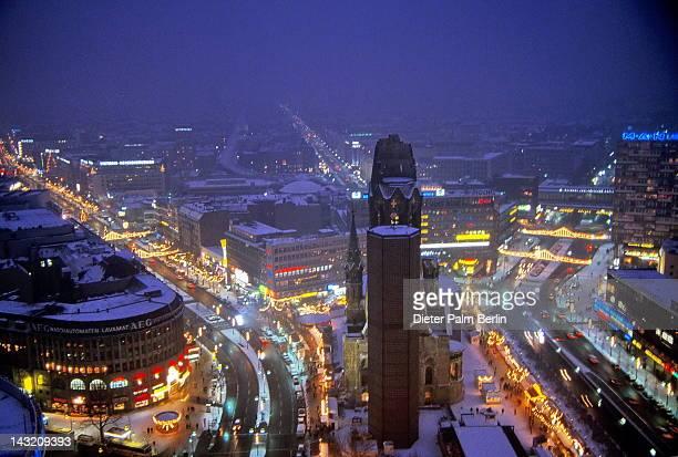 kurfürstendamm at night, berlin - kurfürstendamm stock pictures, royalty-free photos & images