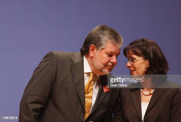 Kurt Beck Chairman of the German Social Democrats and Hessian SPD gubernatorial candidate Andrea Ypsilanti attend a meeting of nationwide SPD...