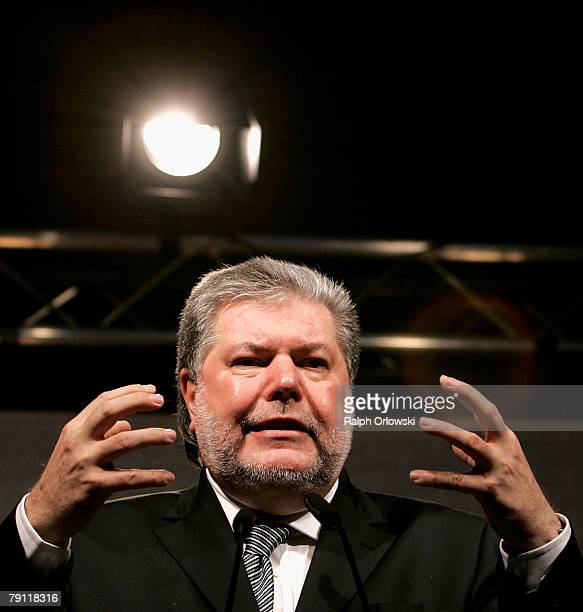 Kurt Beck Governor of the German state of RhinelandPalatinate and head of the Social Democratic Party Germany speaks during an election rally for...