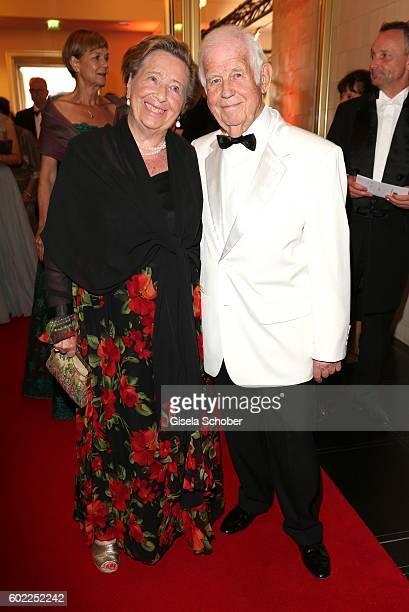 Kurt Biedenkopf and his wife Ingrid Biedenkopf during the Leipzig Opera Ball 'Let's dance Dutch' at alte Oper on September 10, 2016 in Leipzig,...