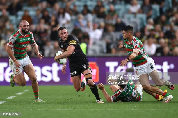 Kurt Capewell of the Panthers makes a break during the NRL Preliminary Final match between the Penrith Panthers and the South Sydney Rabbitohs at ANZ...