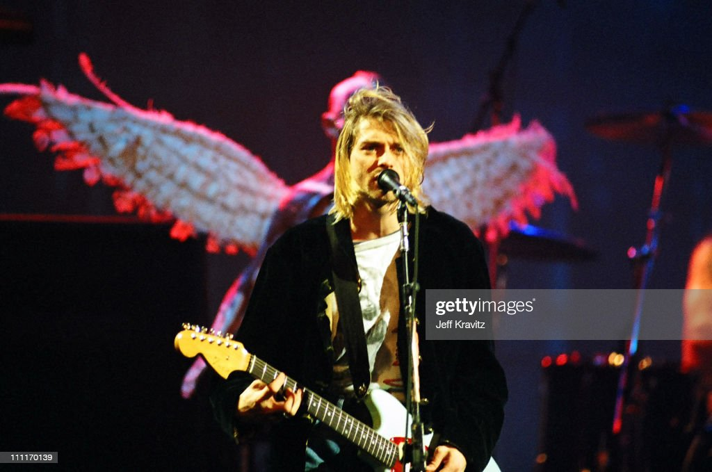 MTV Live and Loud: Nirvana Performs Live - December 1993 : News Photo