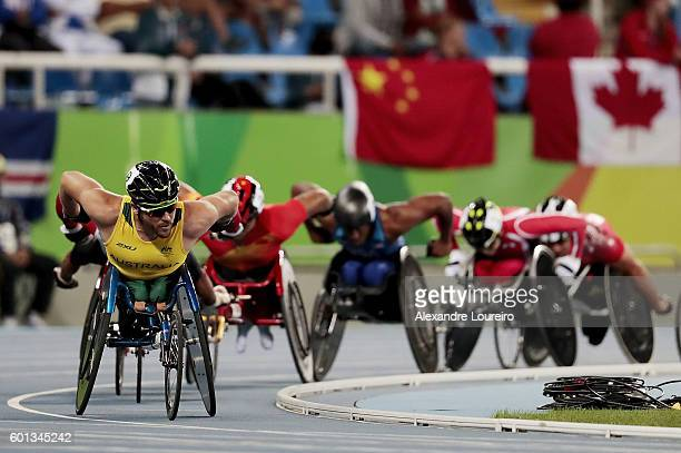 Kurt Fearnley of Australia leads the pack in the Men's 5000m T54 on day 2 of the Rio 2016 Paralympic Games at the Olympic Stadium on September 9 2016...