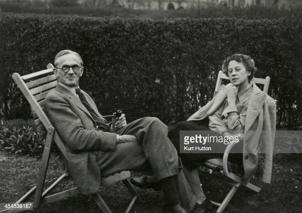 Kurt Hutton and his wife Gretel in the garden of their home in Hampstead Garden Suburb, London, circa 1950. Hutton first worked for the Dephot agency...