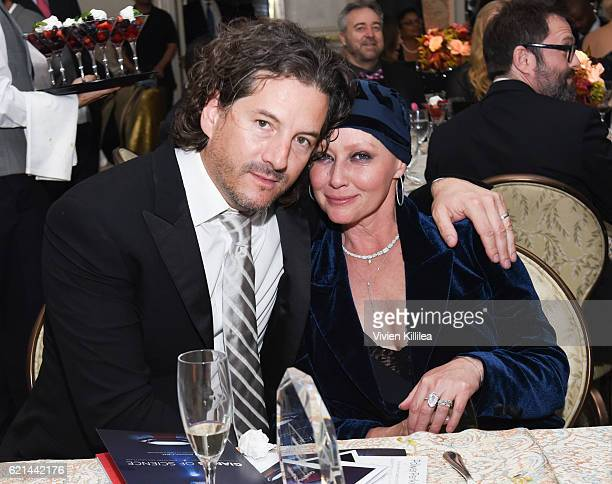 Kurt Iswarienko and actress Shannen Doherty at American Cancer Society's Giants of Science Los Angeles Gala on November 5 2016 in Los Angeles...