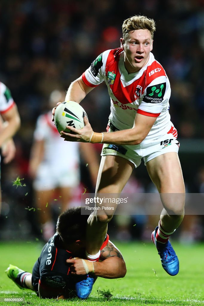 Kurt Mann of the Dragons makes a break during the round 11 NRL match between the New Zealand Warriors and the St George Illawarra Dragons at Waikato Stadium on May 19, 2017 in Hamilton, New Zealand.