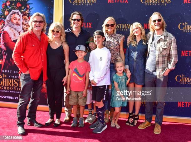 Kurt Russell Goldie Hawn Oliver Hudson Erinn Bartlett Meredith Hagner and Wyatt Russell arrive at the Premiere of Netflix's The Christmas Chronicles...