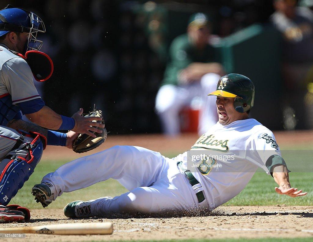 Texas Rangers v Oakland Athletics : News Photo