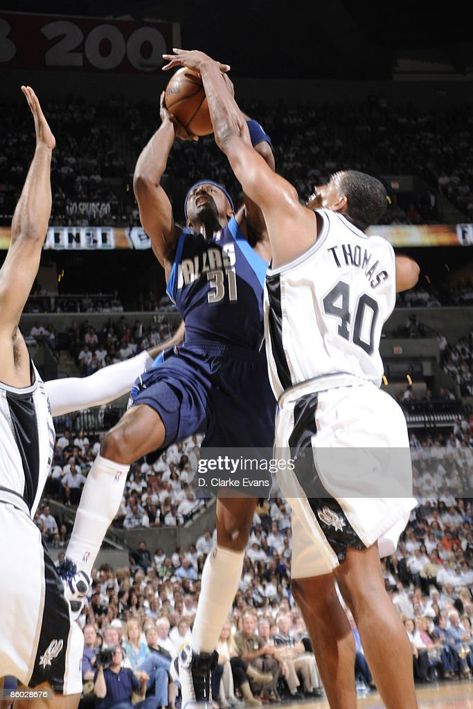 Kurt Thomas #40 of the San Antonio Spurs blocks a shot against Jason Terry #31 of the Dallas Mavericks in Game One of the Western Conference Quarterfinals during the 2009 NBA Playoffs at the AT&T Center on April 18, 2009 in San Antonio, Texas.