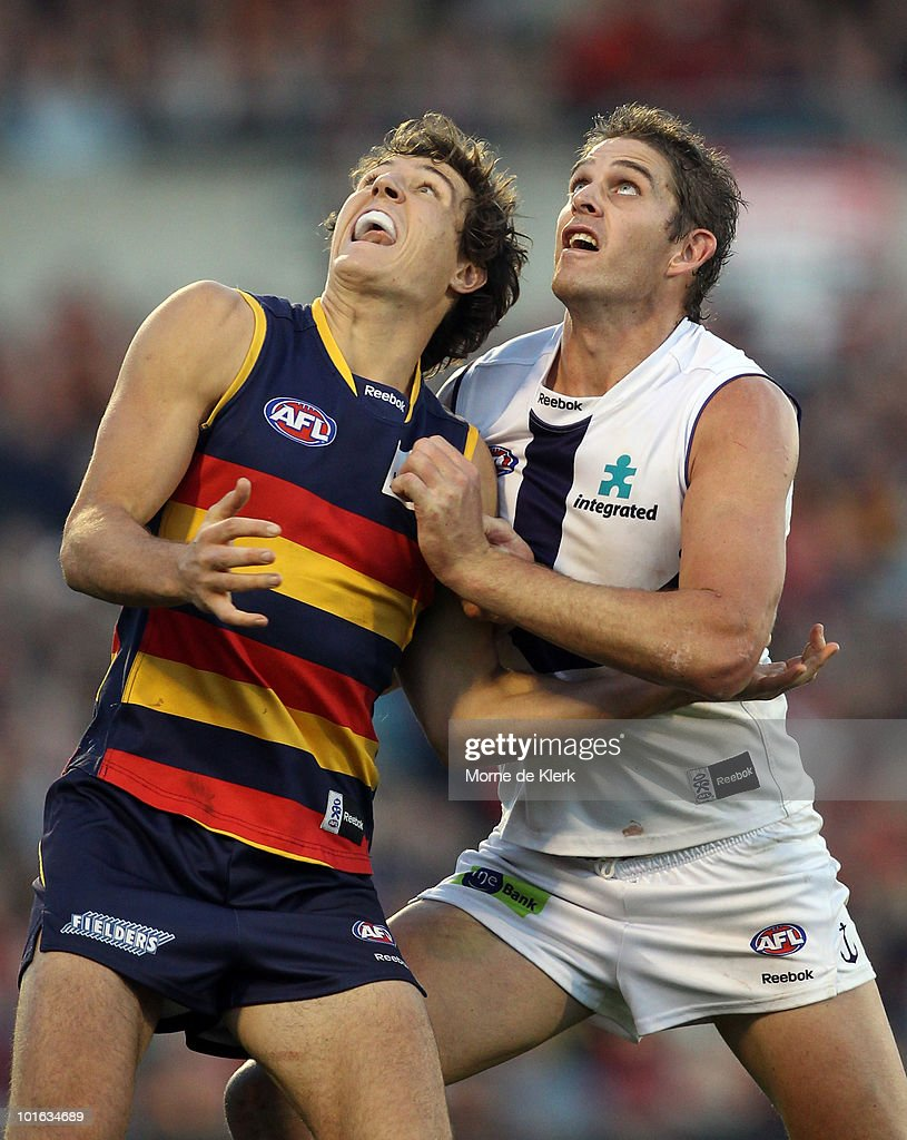 Kurt Tippett of the Crows and Aaron Sandilands of the Dockers compete in the ruck during the round 11 AFL match between the Adelaide Crows and the Fremantle Dockers at AAMI Stadium on June 5, 2010 in Adelaide, Australia.
