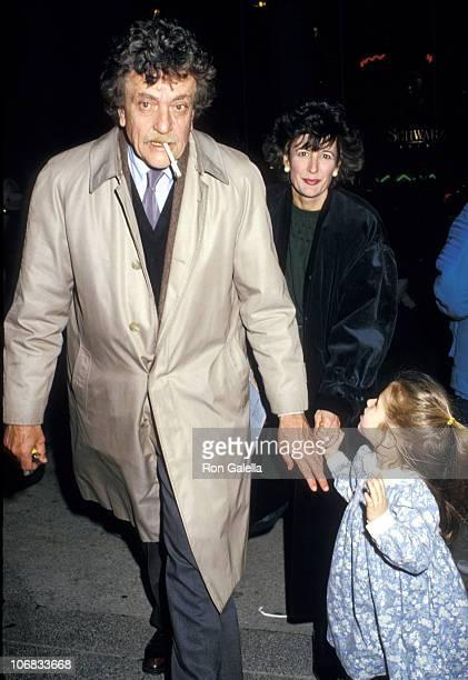 Kurt Vonnegut Jr., wife Jill Krementz and daughter Lily