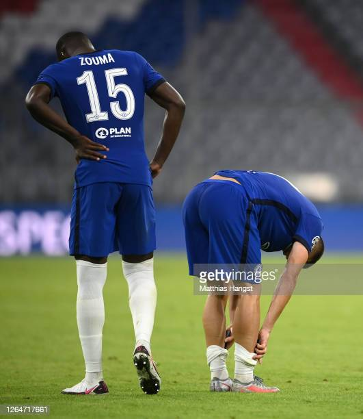 Kurt Zouma of Chelsea and Mateo Kovacic of Chelsea reacts after during the UEFA Champions League round of 16 second leg match between FC Bayern...
