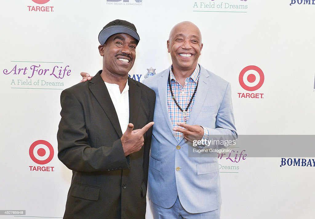 Russell Simmons' Rush Philanthropic Arts Foundation:15th Annual ART FOR LIFE Benefit Sponsored By BOMBAY SAPPHIRE Gin : News Photo