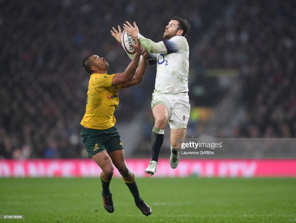 Kurtley Beale of Australia takes the high ball from Elliot Daly of England during the Old Mutual Wealth Series match between Engalnd and Australia at Twickenham Stadium on November 18, 2017 in London, England.