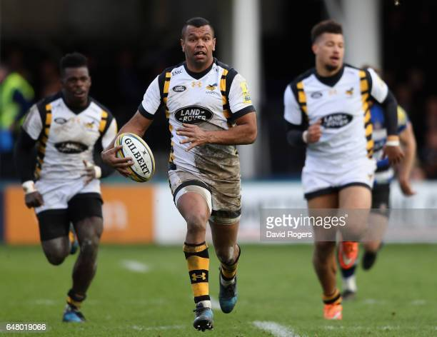 Kurtley Beale of Wasps runs with the ball during the Aviva Premiership match between Bath and Wasps at the Recreation Ground on March 4 2017 in Bath...