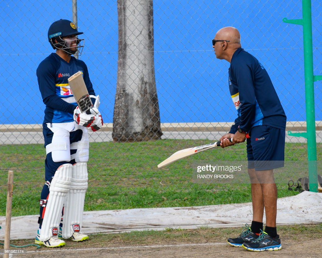 Image result for kusal mendis with hathurusingha