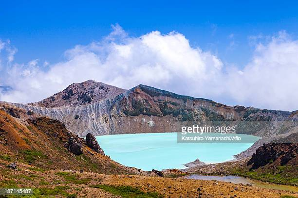 kusatsu mount shirane kettle, gunma prefecture - gunma prefecture stock photos and pictures