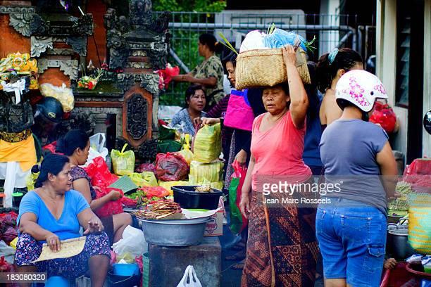 CONTENT] Kuta Pasar Bali Indonesia Women work daily life market open air kitchen sate women's world