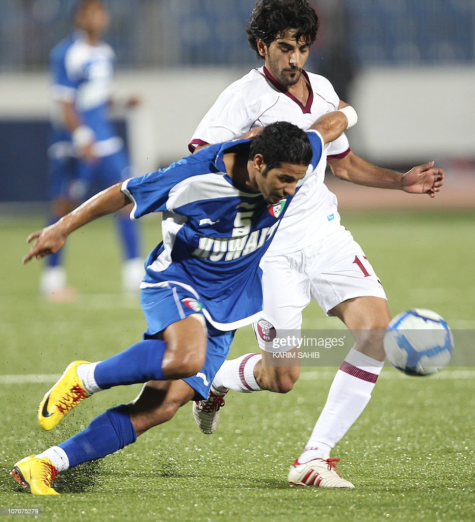 Kuwait's Mohammed Rashid (5) vies for th : News Photo