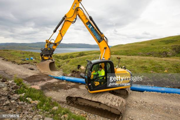 a 700 kw hydro power plant being constructed on the slopes of ben more, isle of mull, scotland, uk. - ben cooper stock-fotos und bilder