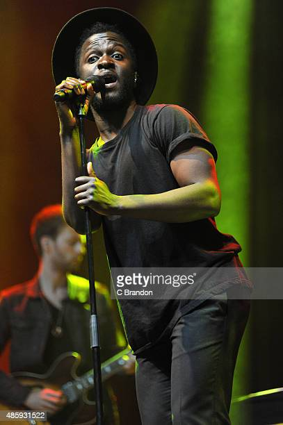 Kwabs performs on stage during the final day of the Reading Festival at Richfield Avenue on August 30 2015 in Reading England