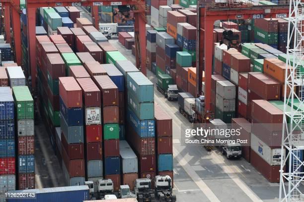 Kwai Chung Cargo Terminal, view from Kwai Chung Customhouse Cargo Examination Compound. 16JUN14