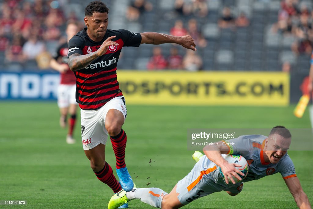 A-League Rd 3 - Western Sydney v Brisbane : News Photo