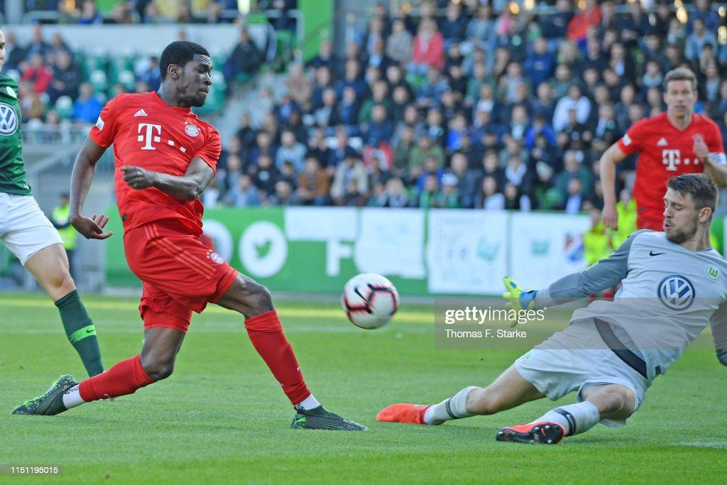 VfL Wolfsburg II v Bayern Muenchen II - Third League Playoff First Leg : News Photo