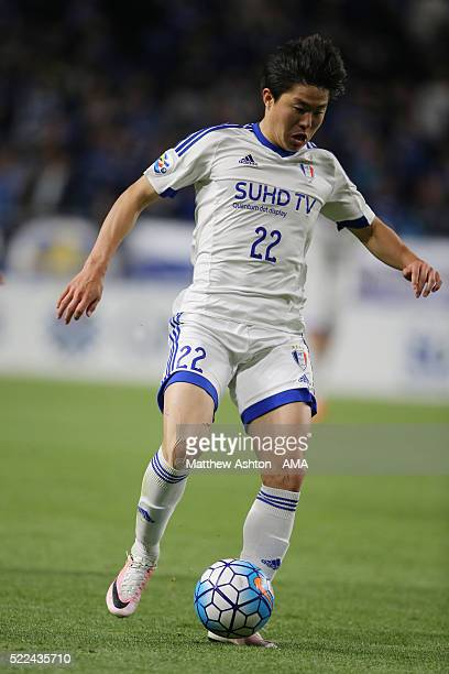 Kwon Chang-hoon of Suwon Samsung Bluewings during the AFC Champions League Group G match between Gamba Osaka and Suwon Samsung Bluewings at Suita...