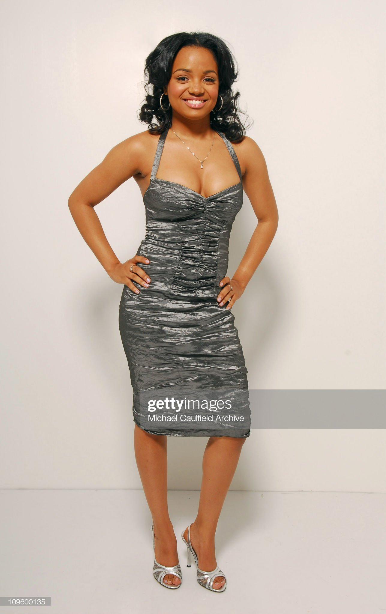 ¿Cuánto mide Kyla Pratt? - Real height Kyla-pratt-during-the-37th-annual-naacp-image-awards-gallery-at-in-picture-id109600135?s=2048x2048
