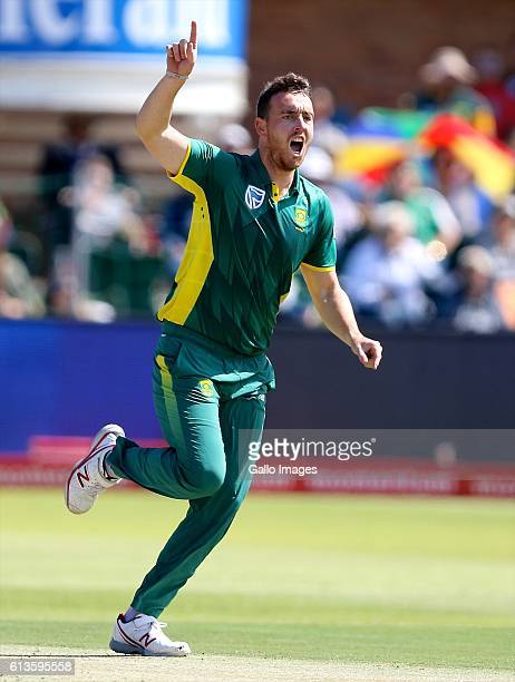 Kyle Abbott of South Africa reacts to bowling David Warner of Australia during the Momentum ODI Series 4th ODI match between South Africa and...