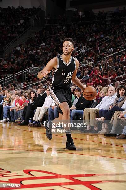 Kyle Anderson of the San Antonio Spurs handles the ball against the Houston Rockets on February 27 2016 at the Toyota Center in Houston Texas NOTE TO...