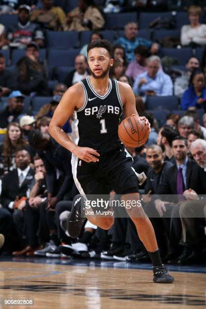 Kyle Anderson of the San Antonio Spurs handles the ball against the Memphis Grizzlies on January 24 2018 at FedExForum in Memphis Tennessee NOTE TO...