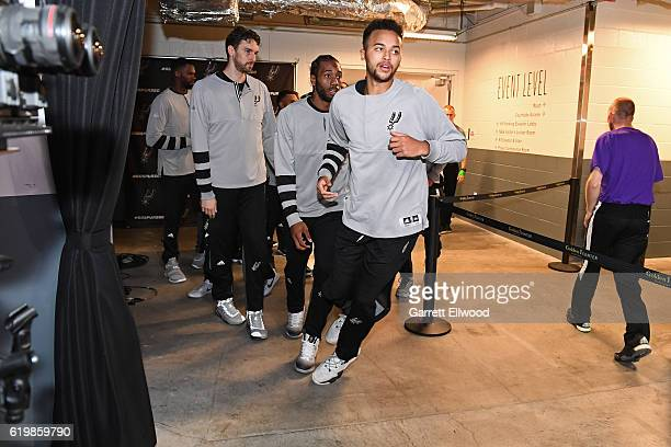 Kyle Anderson of the San Antonio Spurs runs to the court before the game against the Sacramento Kings on October 27 2016 at the Golden 1 Center in...