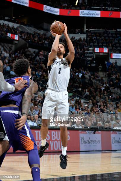 Kyle Anderson of the San Antonio Spurs shoots the ball during the game against the Phoenix Suns on November 5 2017 at the ATT Center in San Antonio...