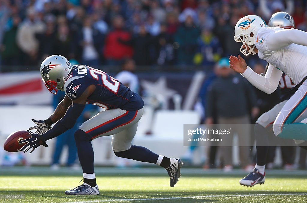Miami Dolphins v New England Patriots : News Photo