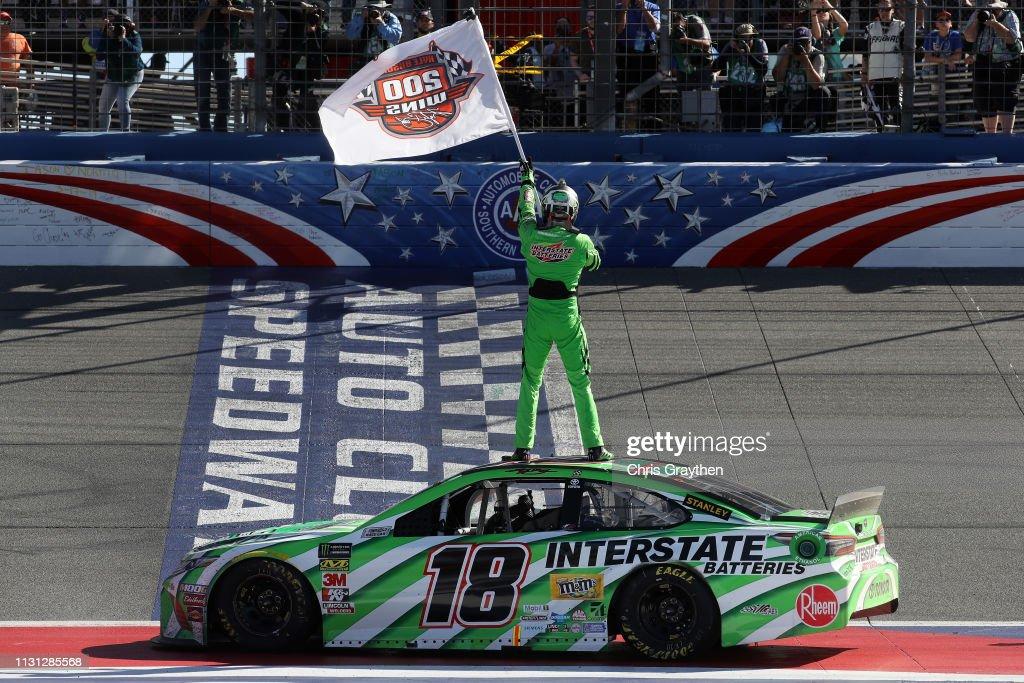 Monster Energy NASCAR Cup Series Auto Club 400 : News Photo