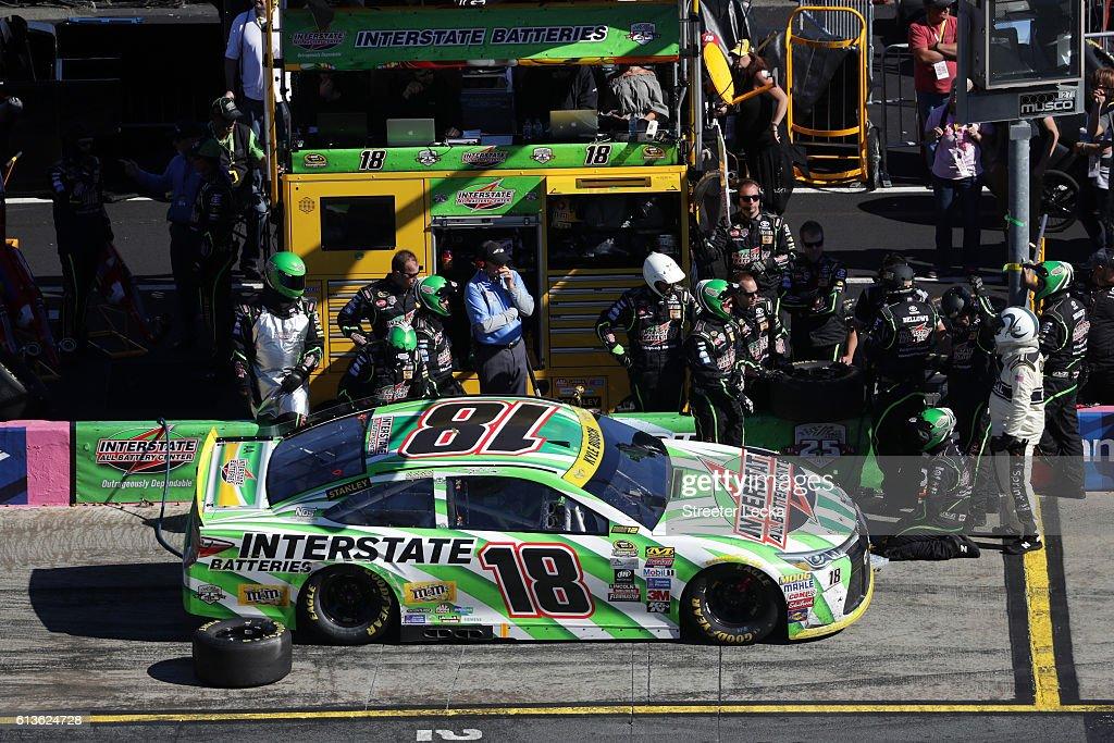 NASCAR Sprint Cup Series Bank of America 500 : News Photo