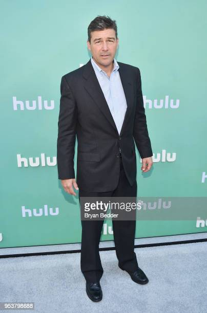 Kyle Chandler attends the Hulu Upfront 2018 Brunch at La Sirena on May 2 2018 in New York City