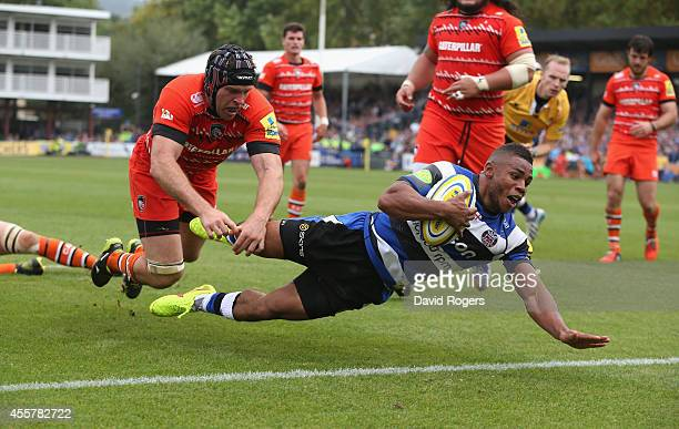 Kyle Eastmond of Bath dives over for a try during the Aviva Premiership match between Bath and Leicester Tigers at the Recreation Ground on September...