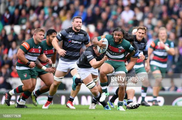 Kyle Eastmond of Leicester Tigers in action during the Gallagher Premiership Rugby match between Leicester Tigers and Newcastle Falcons at Welford...