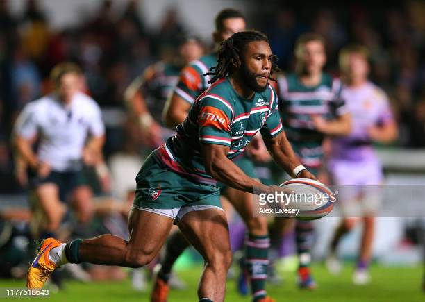 Kyle Eastmond of Leicester Tigers runs with the ball during the Premiership Rugby Cup Second Round match between Leicester Tigers and Exeter Chiefs...