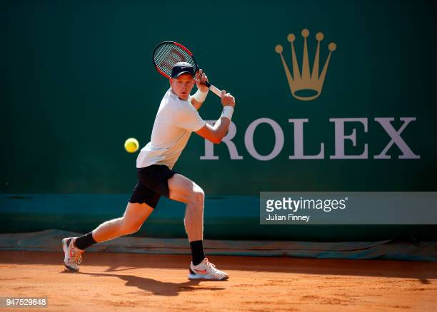 Kyle Edmund of Great Britain hits a backhand return during his Mens Singles match against Andreas Seppi of Italy at MonteCarlo Sporting Club on April...
