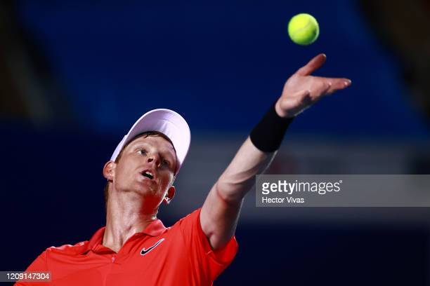 Kyle Edmund of Great Britain serves during the singles match between Taylor Fritz of USA and Kyle Edmund of Great Britain as part of the ATP Mexican...